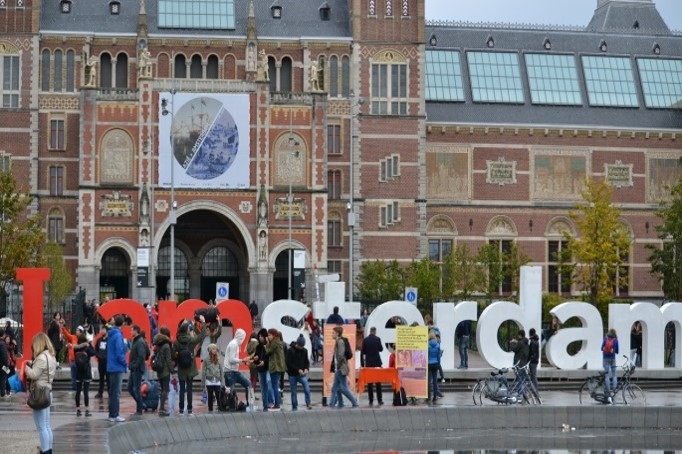 Amsterdam Motivasyon Gezisi
